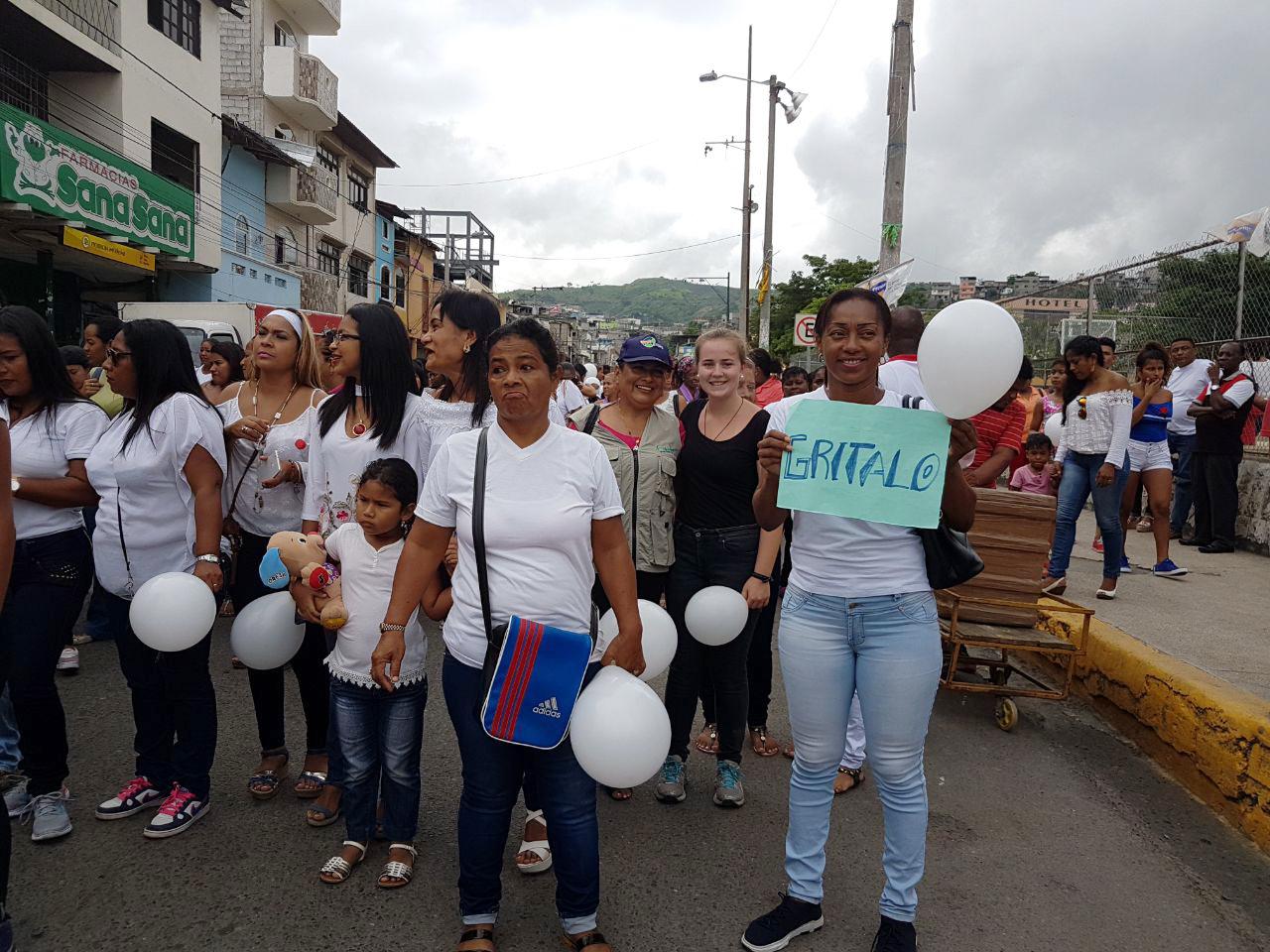 Marcha de la mesa provincial de género    en conmemoración por el día internacional de la mujer, Esmeraldas