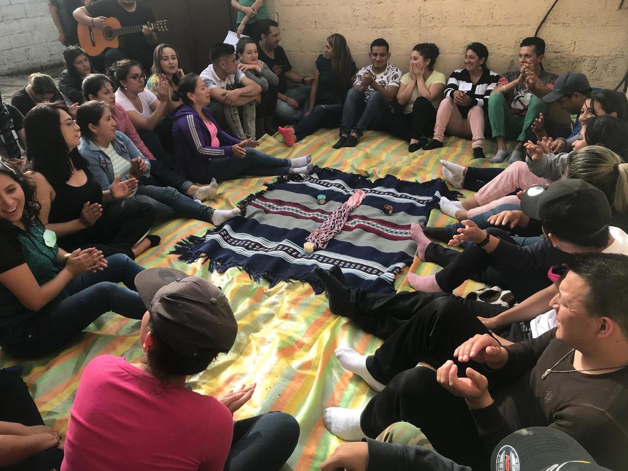 Taller de Team building – Solución de conflictos  Cultura resiliente y cuerdas.   COAC – FASAYÑAN – FUNDER, Cuenca