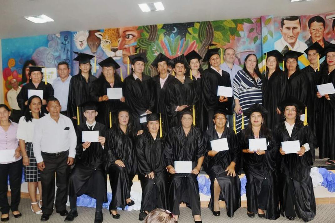Graduación del proceso de formación en Servicios de Limpieza  y Mantenimiento de Instituciones y Domicilios,  Lumbaqui, Sucumbíos
