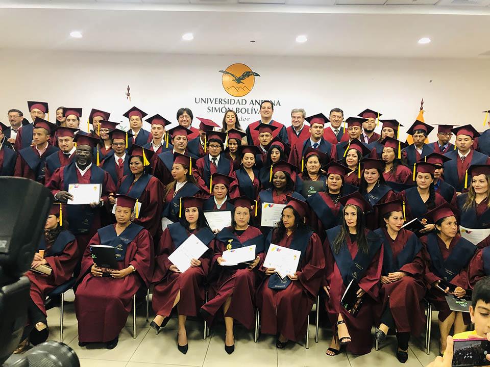 Graduación de la tercera promoción de Bachilleres del colegio virtual Solidaridad –  FUNDER, Quito