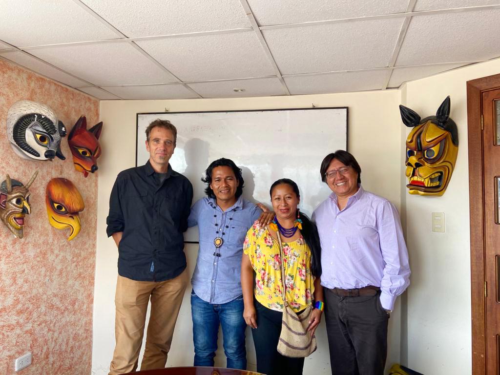 Visita de los dirigentes de la comisión de educación  de la nacionalidad Sápara, Quito