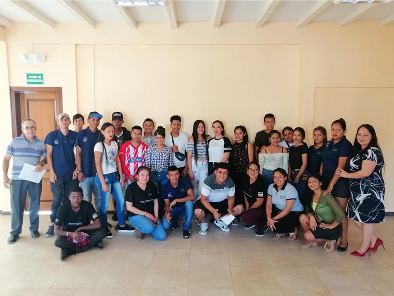 Seguimiento a jóvenes graduados del  programa Jóvenes Constructores, Lago Agrio, Sucumbios