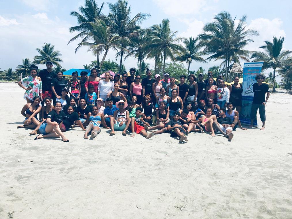 Integración de participantes del proyecto  Jóvenes Constructores de Muisne y Chamanga,  Playa de Muisne, Esmeraldas